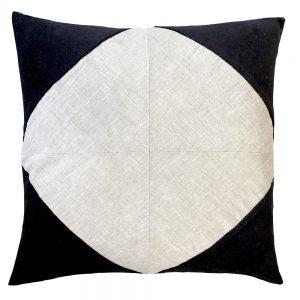 Denver 50cm black indoor cushion